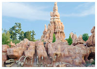 Disneyland Resort - Frontierland - Big Thunder Moutain Railroad