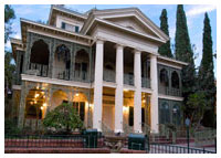 Disneyland Resort - New Orleans Square - Haunted Mansion