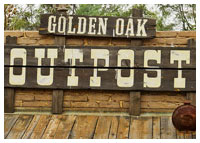 Disneys Magic Kingdom - Dining - Golden Oak Outpost