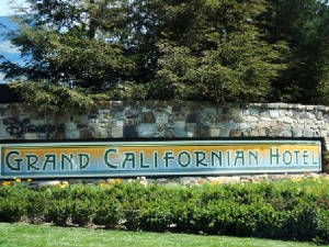grand_californian_sign.jpg
